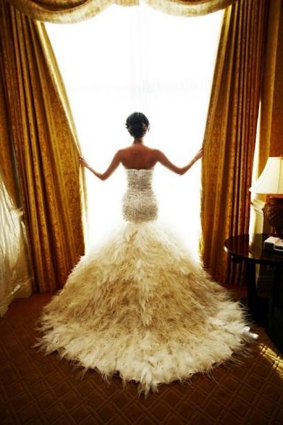 Feather wedding theme