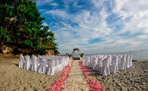 caribbean beach wedding in colombia