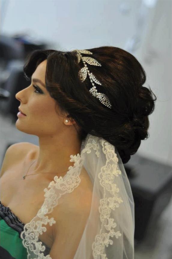 lovely long hair wedding style