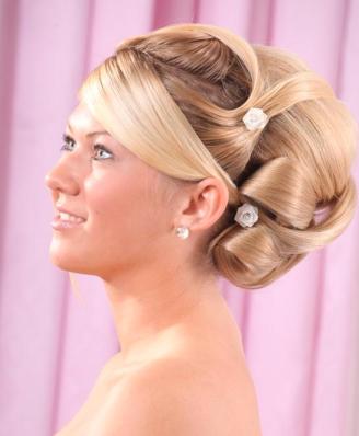 scandinavian wedding hair