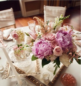 vintage center piece wedding