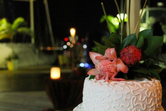 Exotic flowers in wedding cake
