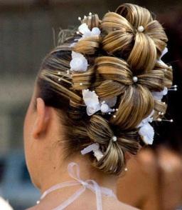 hair shaped like flower