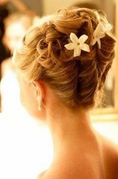 romantic wedding hairdo