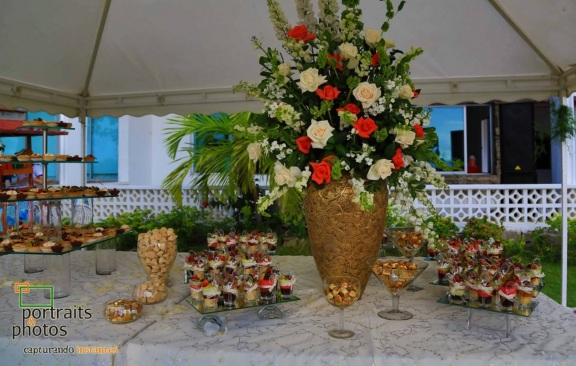 Wedding dessert table colombia